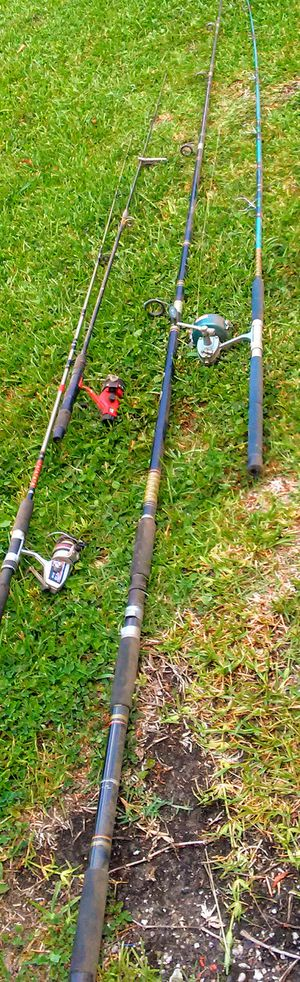 ZEBCO 640 SPINNING REEL & ROD Sporting Goods Fishing Reels for Sale in Kernersville, NC