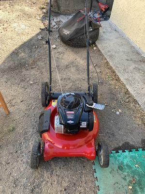Craftman lamn mower for Sale in Richmond, CA