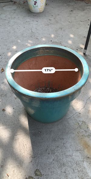 17 in Blue Flower/Plant Pot for Sale in Los Angeles, CA