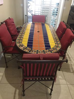 outdoor patio table / indoor kitchen table & 6 chair set for family parties for Sale in Las Vegas, NV