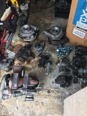 I $$$ core truck parts for Sale in Hialeah, FL