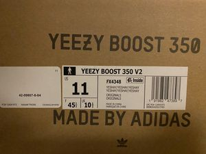 """Adidas Yezzy Boost """"Yeshaya"""" Size 11 for Sale in Sunnyvale, CA"""