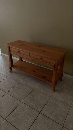 Pine sofa table for Sale in Phoenix, AZ