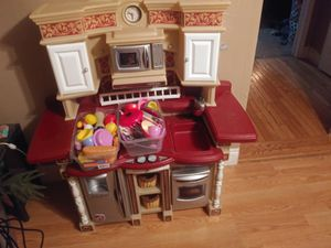 Play kitchen set with food and dishes for Sale in Elmira, NY