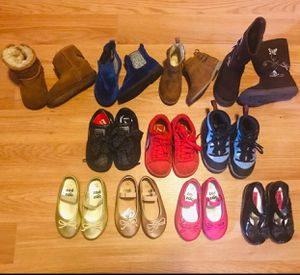 Toddler Shoe bundle for Sale in Queens, NY