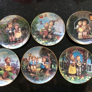 M. I. Hummel Plate Collection - Set Of 6 for Sale in Laguna Woods, CA