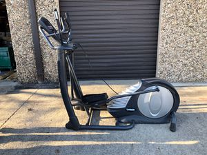 Smooth fitness 7.4 elliptical used once for Sale in Dallas, TX