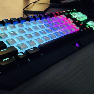 Brand New Razer Blackwidow Gaming Keyboard Tournament Edition for Sale in Simi Valley, CA