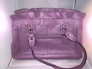 *New* Authentic Coach Handbag for Sale in Zanesville, OH