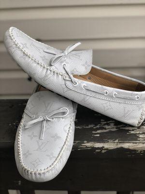 Louis Vuitton - Arizona Moccasin (White) for Sale in Nashville, TN