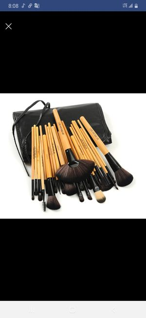 Professional makeup brush for Sale in Austin, TX