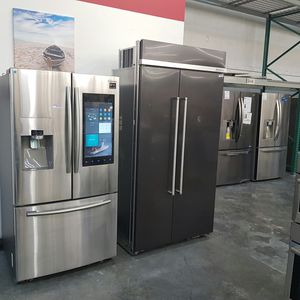 NEW KitchenAid Black Stainless Built in Refrigerator for Sale in Hacienda Heights, CA