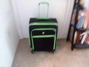 Suitcase for Sale in Apex, NC