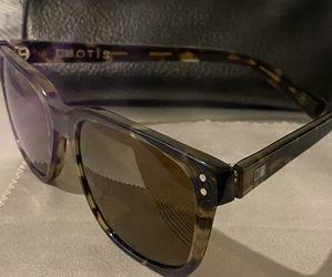 Otis Sunglasses Tortoise Shell Color for Sale in Boston,  MA