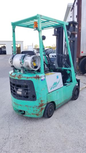 3000lbs. WAREHOUSE FORKLIFT for Sale in Mesquite, TX