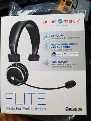 Elite Bluetooth headphones for Sale in Bridgeport, CT