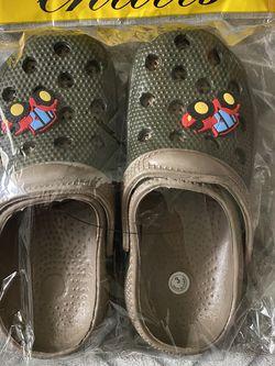 Boys Crocs Size 3&4 for Sale in Rialto,  CA