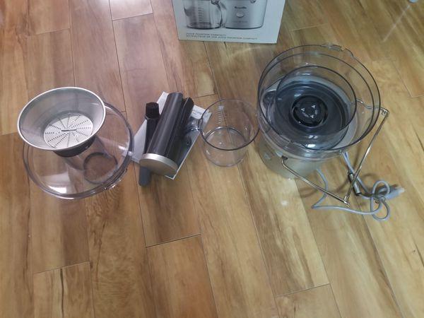 Breville juicer lightly used