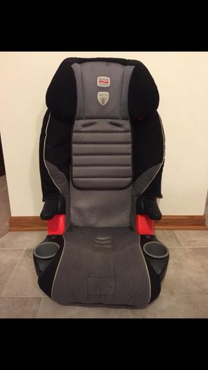 Britax Frontier 85 Booster Car Seat - USE WITH SEAT BELT only for Sale in Poplar Grove, IL