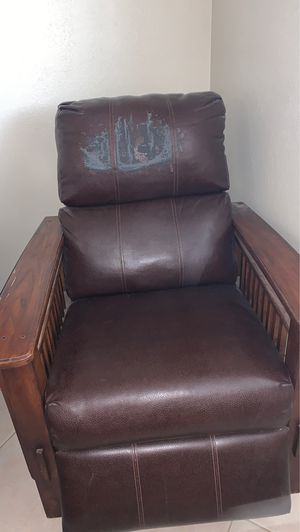 Chair for Sale in Fort McDowell, AZ