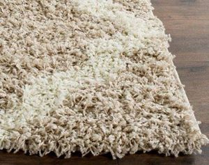 6x9 area rug excellent condition for Sale in Washington, DC