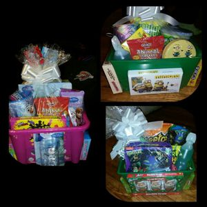 Valentine's day and easter baskets for Sale in Detroit, MI