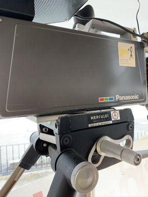Hercules can link tripod head with tripod & tracking dolly for Sale in Fairfield, NJ