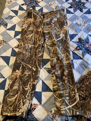 Camo Drake Waterfowl & Under Armour Pants for Sale in Grand Junction, CO