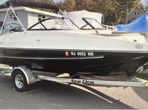 Boat Like New 2018 Bayliner 190 DB w/ Sea Lion Trailer for Sale in Lavallette, NJ