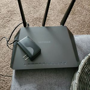 Netgear Nighthawk Ac1900 WiFi Router for Sale in San Dimas, CA