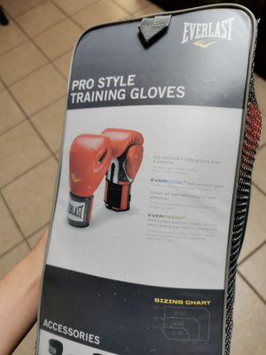 Everlast Pro Style Training Gloves 12oz for Sale in Martinez, CA