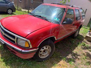 96 Chevy blazer for Sale in Woodbridge, NJ