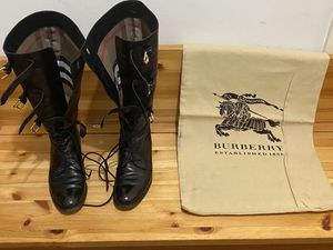 Burberry Bronte Lace up flat boot for Sale in Monrovia, CA