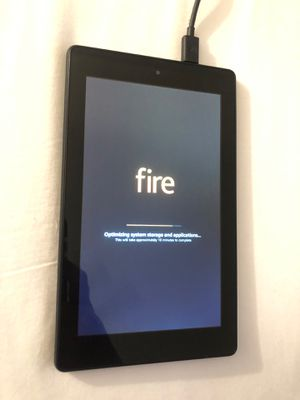 Amazon Fire tablet like NEW for Sale in Clermont, FL