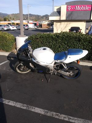 2002 suzuki gsxr 600cc for Sale in San Bernardino, CA