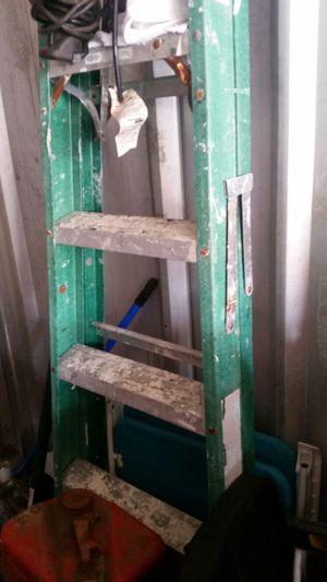 6' Fiberglass Ladder for Sale in Miami, FL