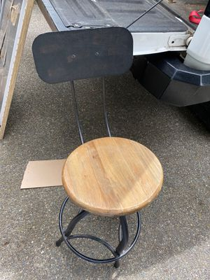 Industrial style adjustable bar stool- needs repair for Sale in Lacey, WA