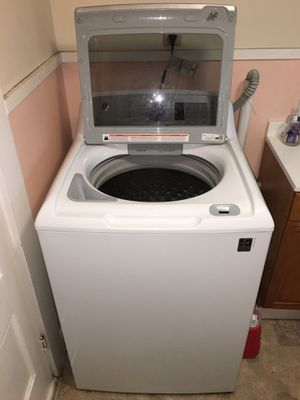 Excellent Condition GE Washer and Dryer for Sale in Biddeford, ME