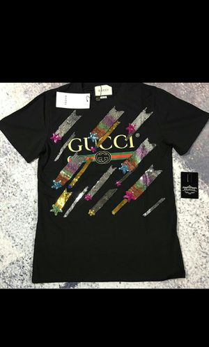 Gucci Sparkle t shirt for Sale in Las Vegas, NV