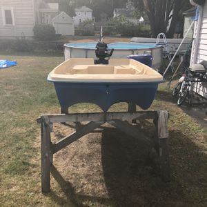 Tender Bass Boat 9feet With 3.5 Motor for Sale in West Warwick, RI