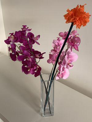 Vase for Sale in Alexandria, VA