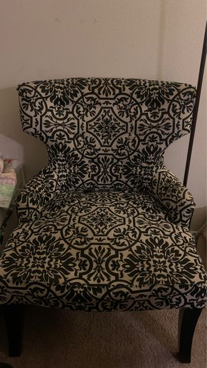 Beautiful chair for Sale in Temecula, CA