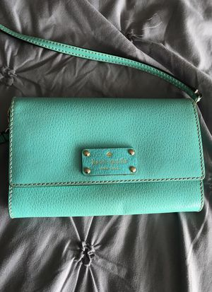 Kate spade cross body for Sale in Lakewood, OH