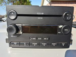 04-08 ford cd player 6 disc $30 for Sale in Fort Worth, TX
