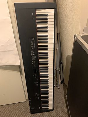 Yamaha CP33 Stage Piano for Sale in Greensboro, NC