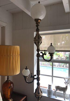 Antique floor lamp for Sale in Oakland Park, FL