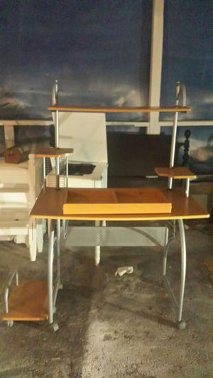 Desk for Sale in South Salt Lake, UT