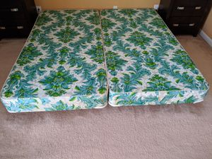 Bed frame with spring box King size for Sale in Phoenixville, PA