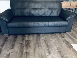 Ikea couch Free for Sale in Clermont, FL