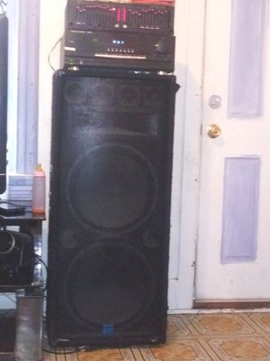 475 or best offer house music system good for parties black parties garage whatever you like to use it for for Sale in Philadelphia, PA